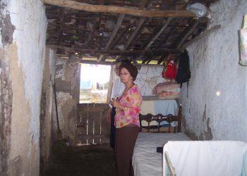 Dentro de uma casa.